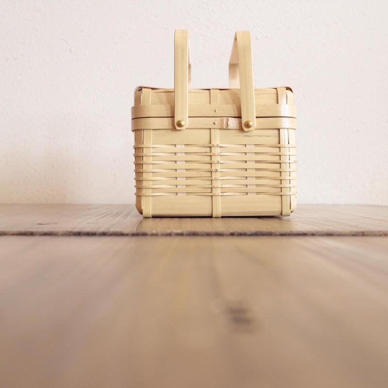 鹿児島県白竹 一段手付弁当かご(正方形) 小 IK-3