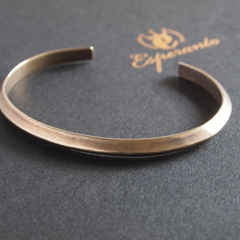 【unisex】Esperanto〈エスペラント〉  TRIANGLE BRASS BANGLE (EM-648B)  BRASS