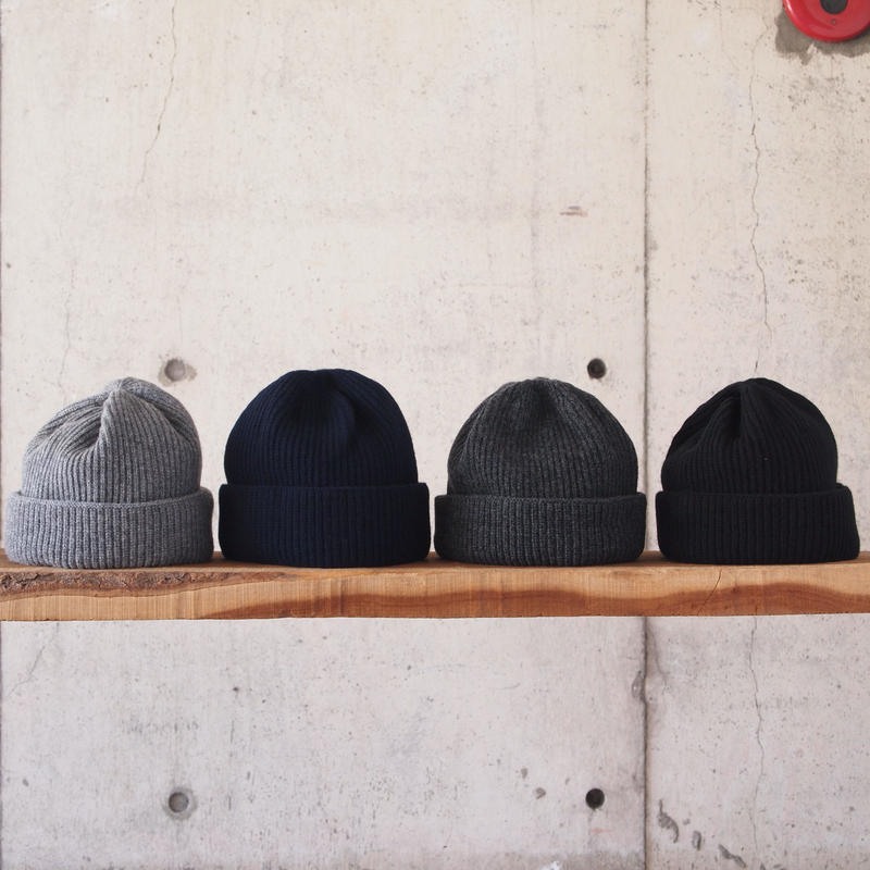 morno〈モーノ〉 COOMARAM KNIT CAP GRAY/NAVY/CHARCOAL/BLACK