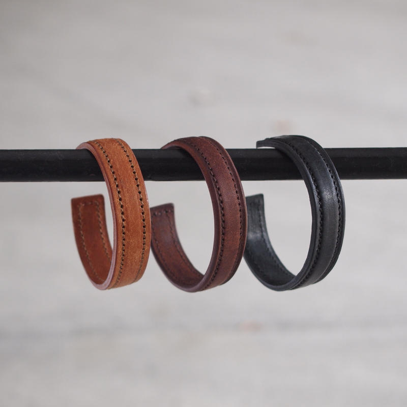 Esperanto〈エスペラント〉 PUEBLO BANGLE  CAMEL/BROWN/BLACK