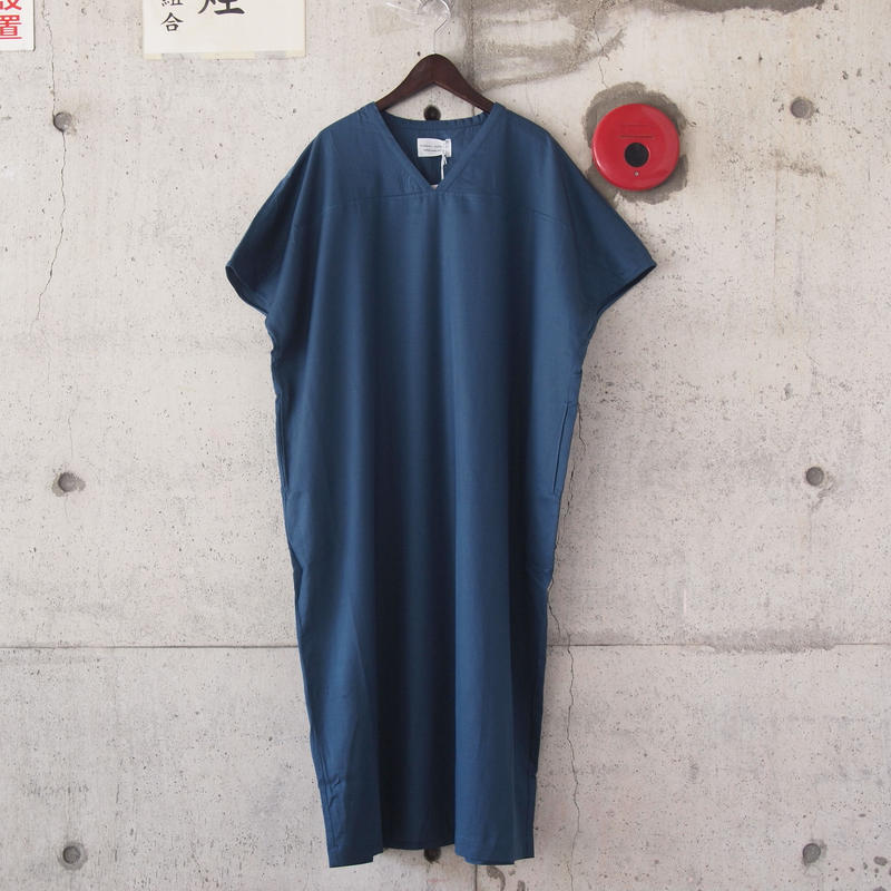 【women】Manual Alphabet〈マニュアルアルファベット〉 FRENCH SLEEVE ONE PIECE BLUE