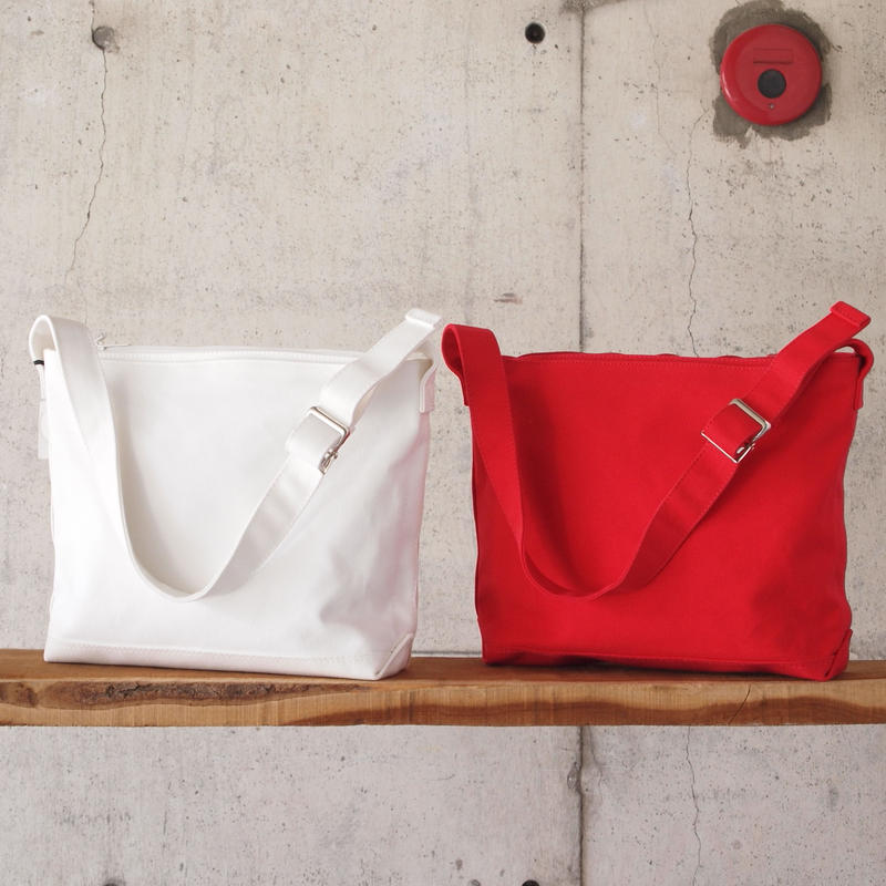 Lim home〈リムホーム〉 CANVAS SHOULDER BAG WHITE