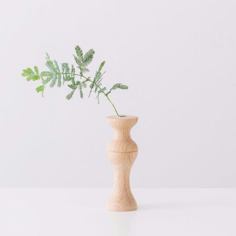 flower vase  M  oak