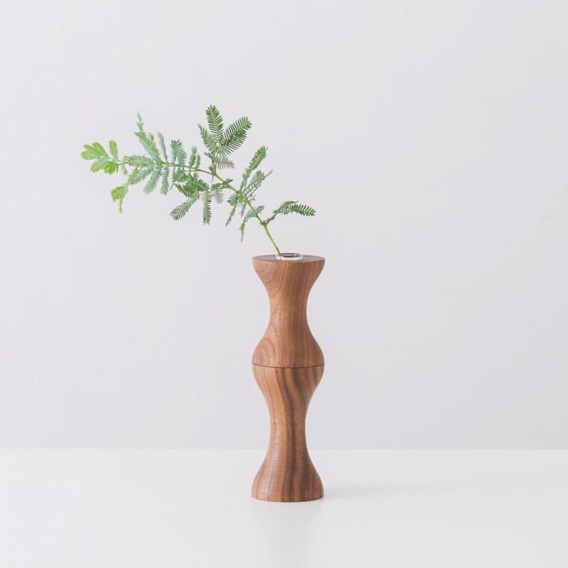 flower vase  L  walnut