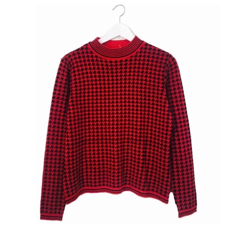 red check design knit
