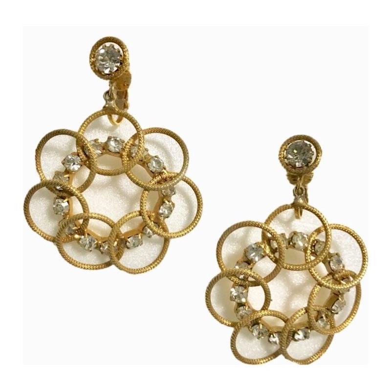 gold flower design swing earring