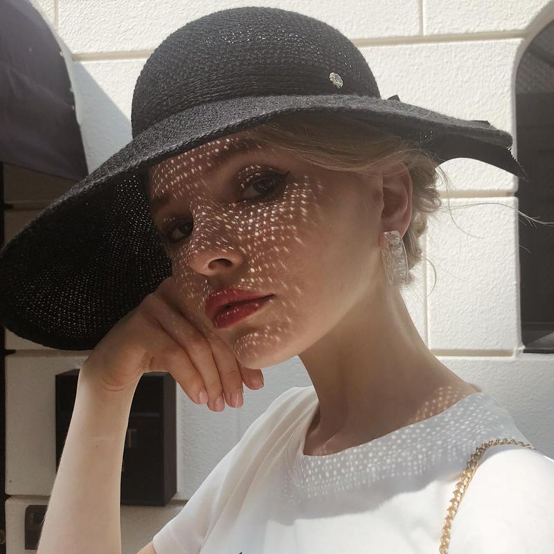 ribbon wide sun visor black