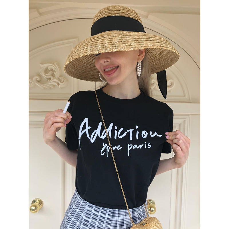 addiction tee black