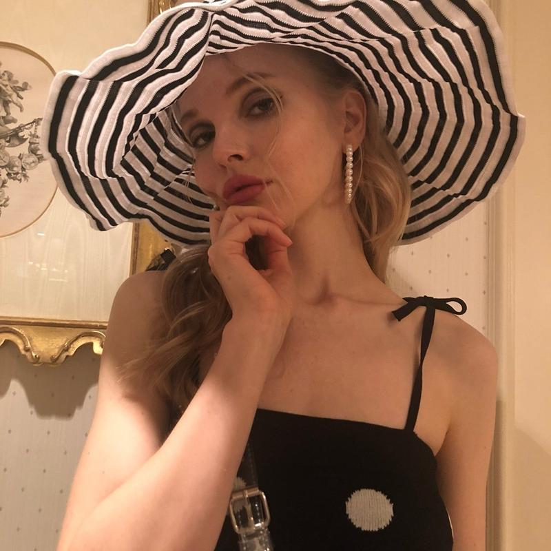 border wide hat