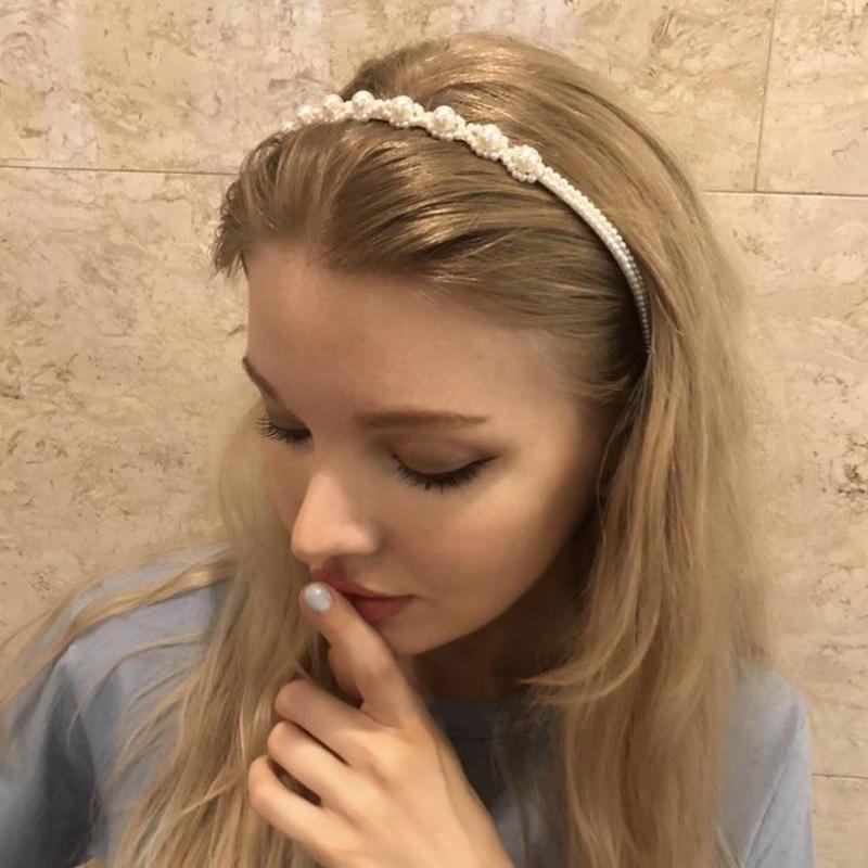 pearl hair accessory