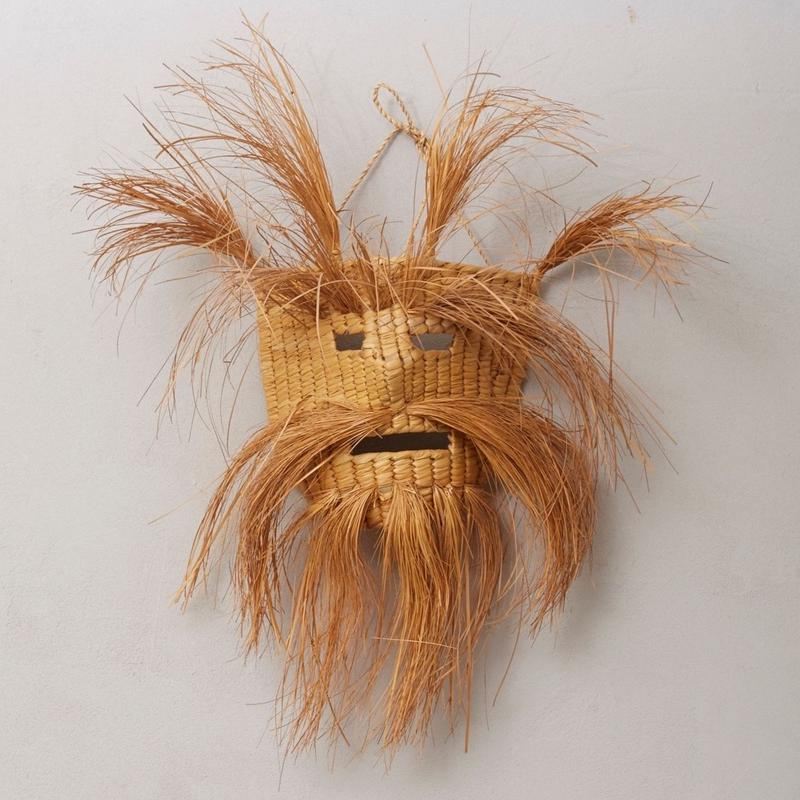 OLD wicker mask 053