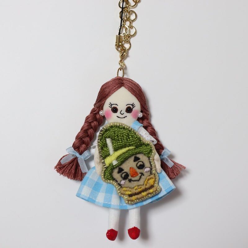 オズの魔法使い ドロシー×かかし ドールチャーム(Wizard of Oz  Dorothy × Scarecrow doll charm)