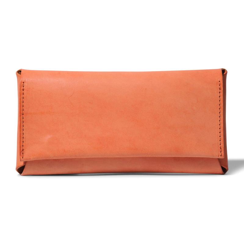 コンパクト設計の長財布    LONG WALLET / BRICK RED
