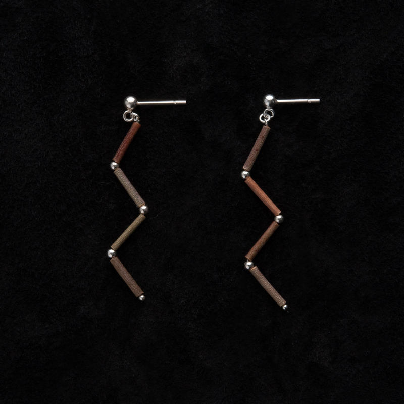SILVER BEADS ZIGZAG EARRINGS