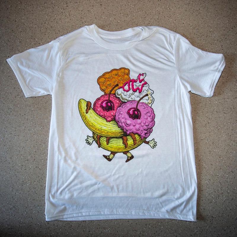 ‹‹ BANANA SPLIT ›› Tシャツ