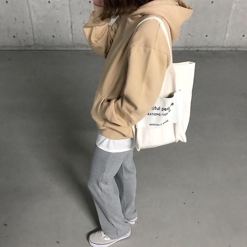 【sold out】bigフーデットパーカー