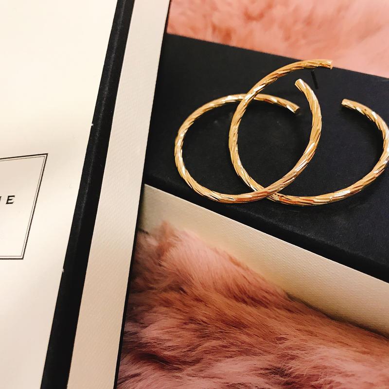 gold ring earrings