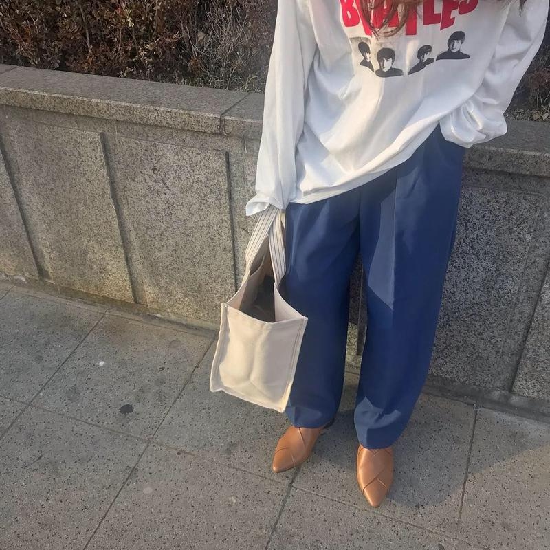 loose slacks