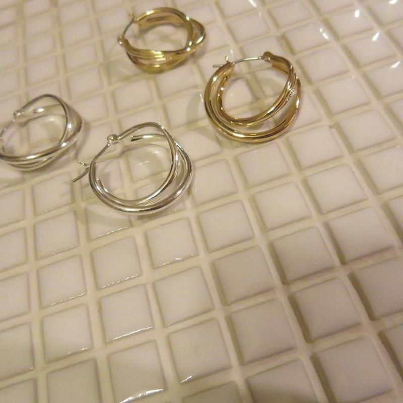 cross loop pierce