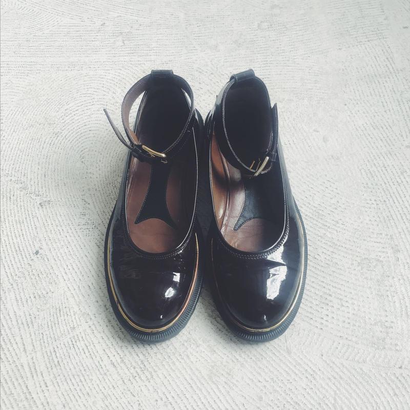 used  MARNI enamel strap shoes