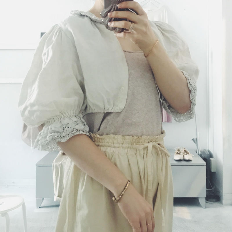 used puff sleeve  blouse