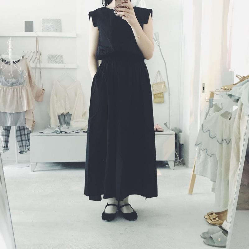 Natsumi Zama one-piece