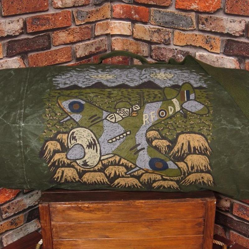 ミリタリー ダッフルバッグ 大容量 手描き 厚地コットン 2WAY キャンバス 帆布