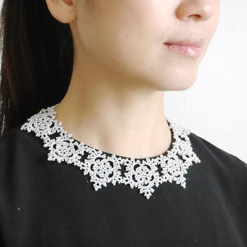 star flower necklace / gray