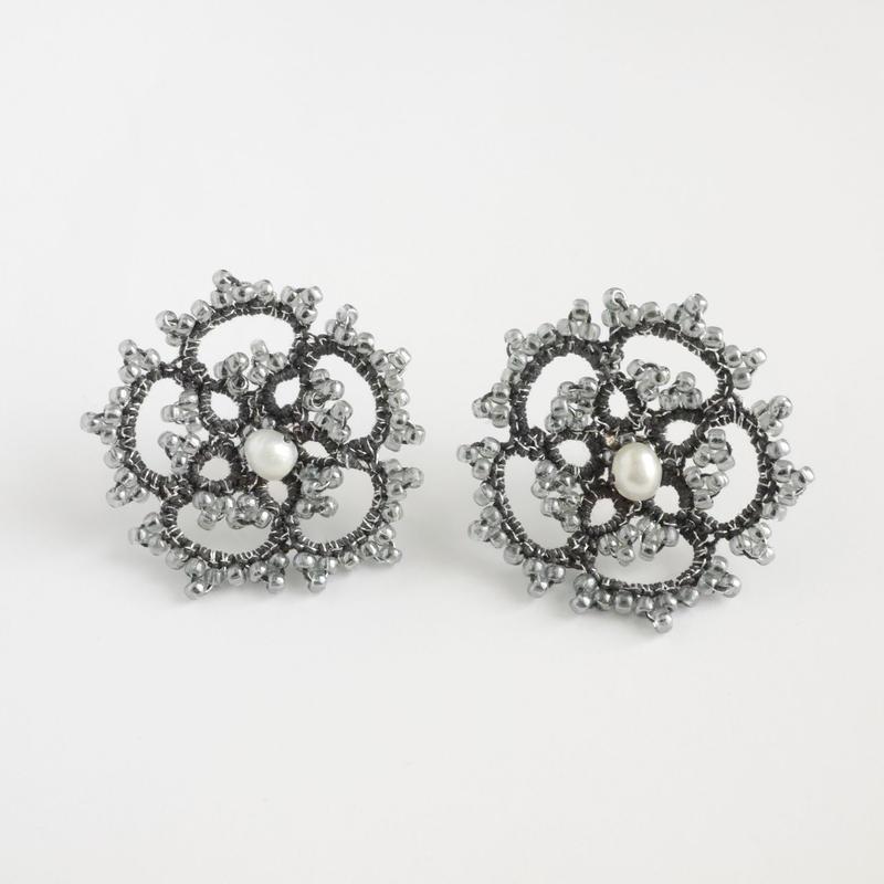 star flower /  darkgray