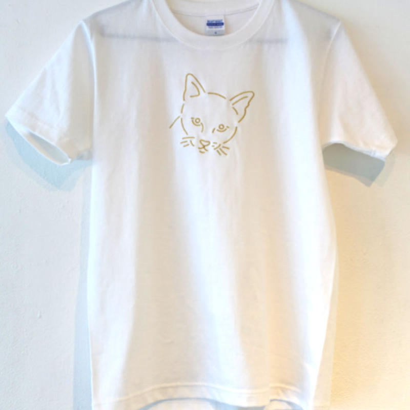 flau cat stitch T-Shirt