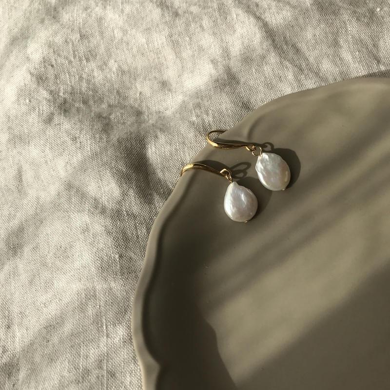 Freshwater pearl simple pierce
