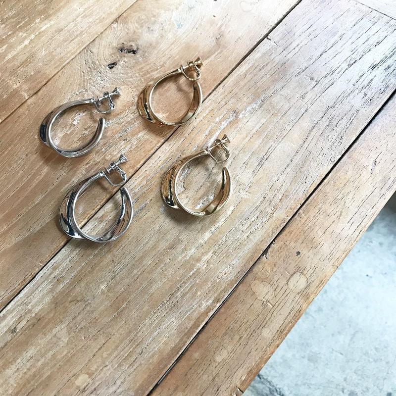 twis hoop tearrings (2color)
