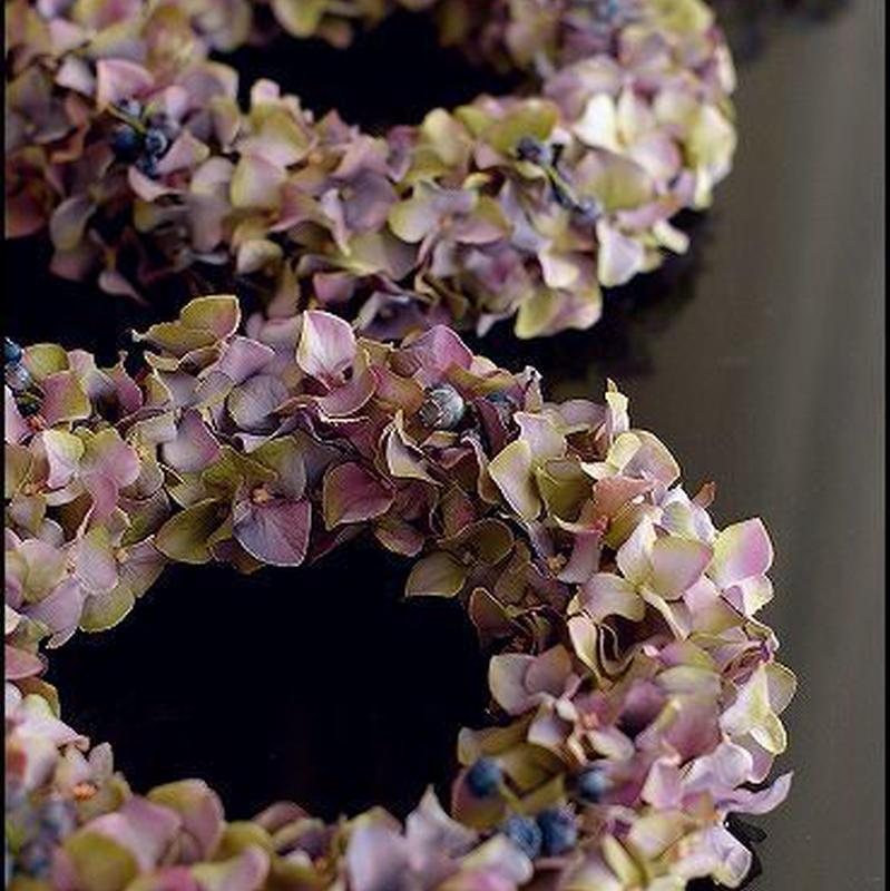 紫陽花と実物のアートフラワーリース