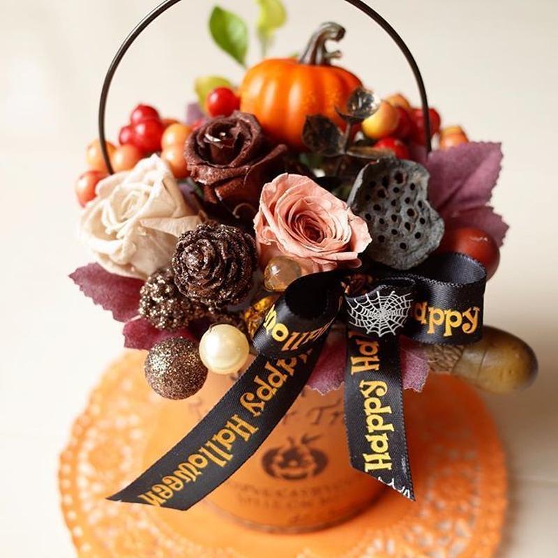 ハロウィン☆ブリキ缶アレンジ