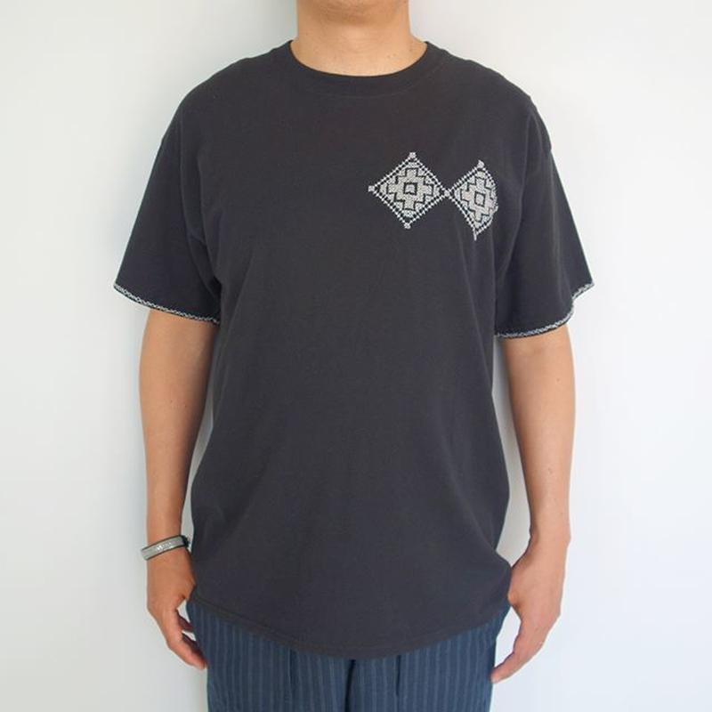 "OAXACA T Shirts ""Cross Stitch"""