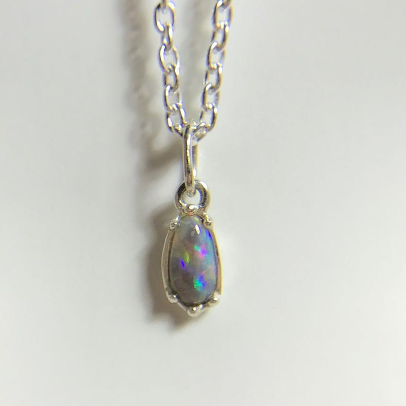 天然ブラックオパール純銀ネックレス0.34ctライトニングリッジ産☆原石から磨いた1点もの