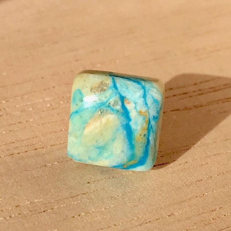 天然ブルーオパール14kgfピアス☆ペルー産原石から磨いた1点もの