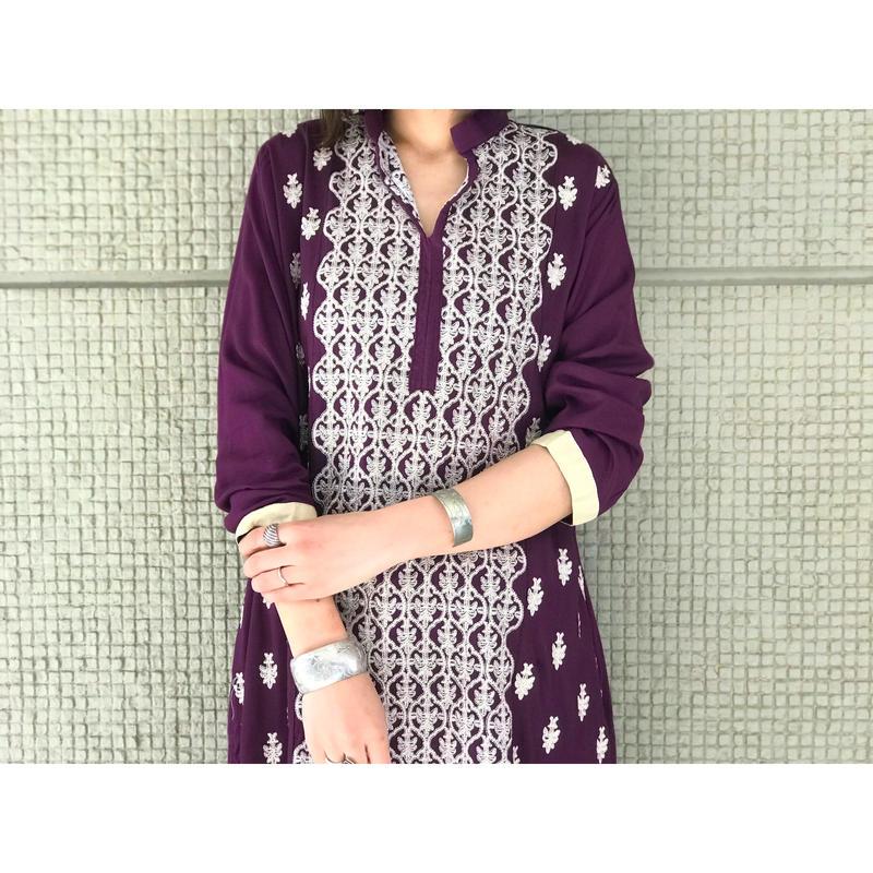 【レディース】レーヨン刺繍ワンピース