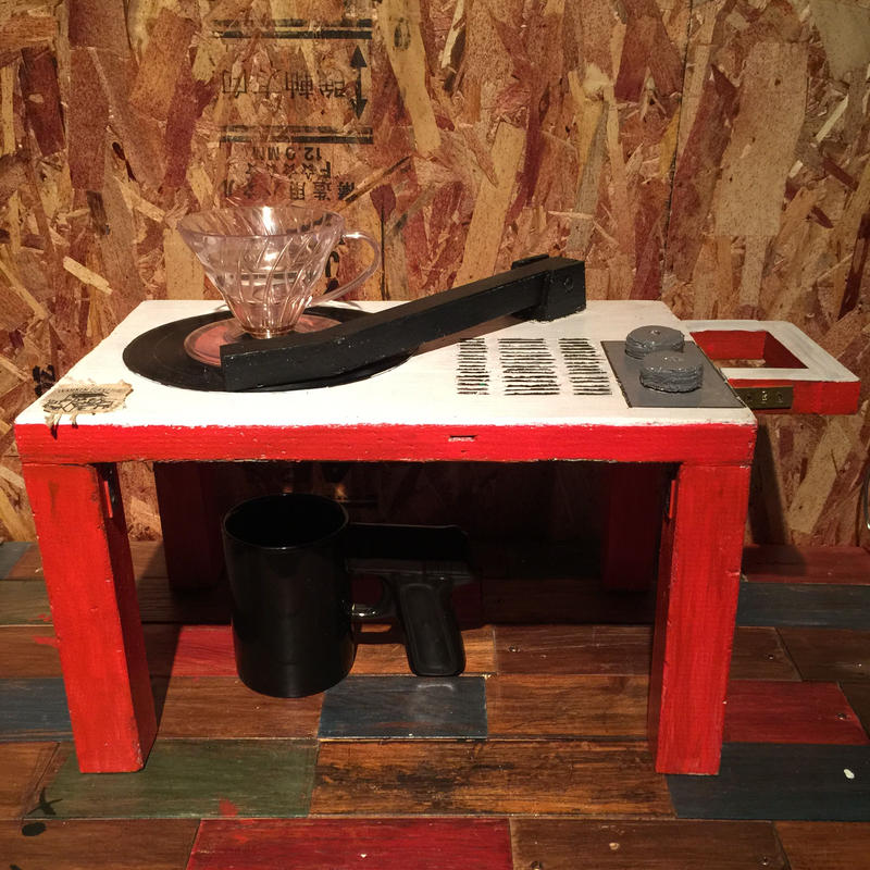 """Coffee Drip Stand """"7inch Record Player"""" 〈White × Red〉"""