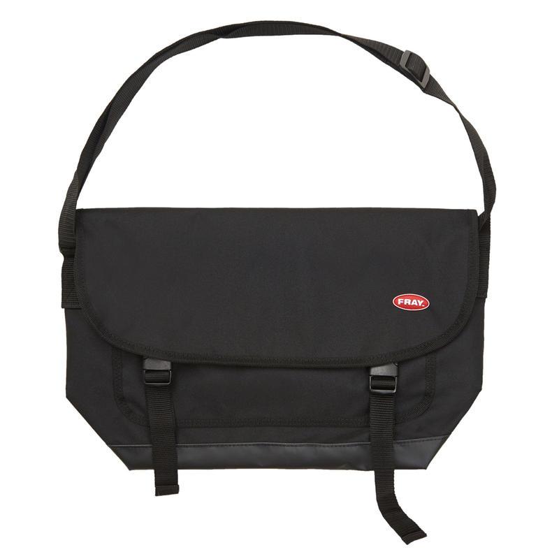 FRAY MESSENGER BAG BLACK