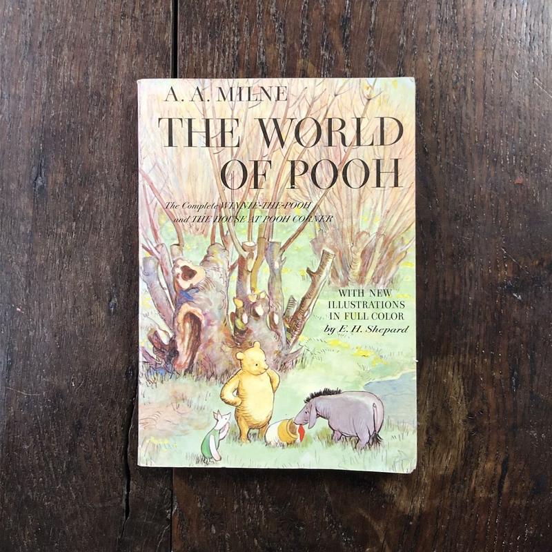 「THE WORLD OF POOH」A. A. Milne E. H. Shepard