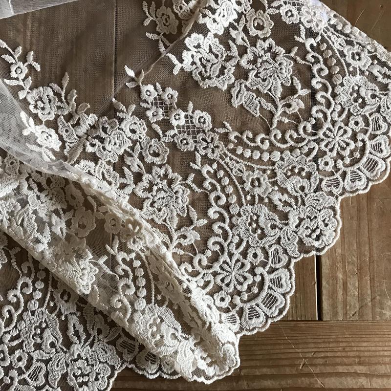 チュール刺繍カフェカーテン