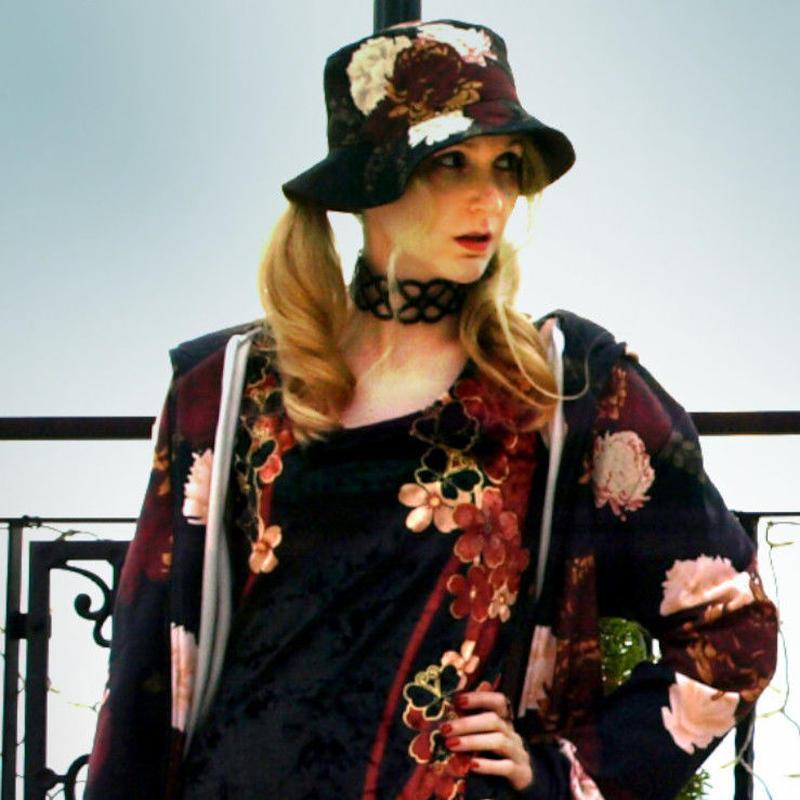 flower art Bucket Hat
