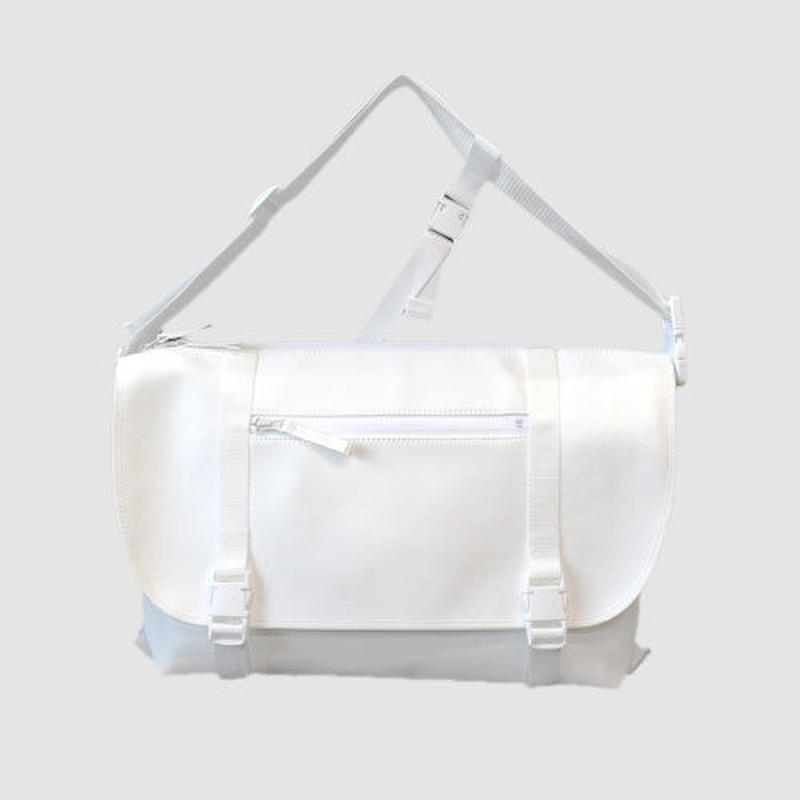 030 MESSENGER BAG _white