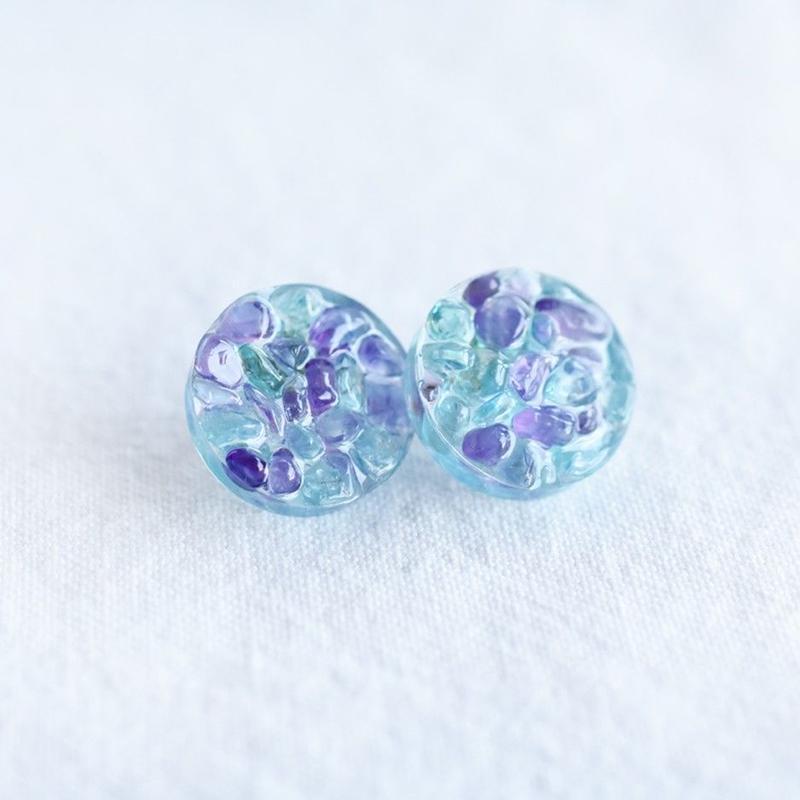 紫陽花〜アメジストとアパタイトの丸形ピアス(orイヤリング)〜