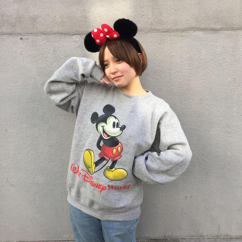 Mickey print gray sweat