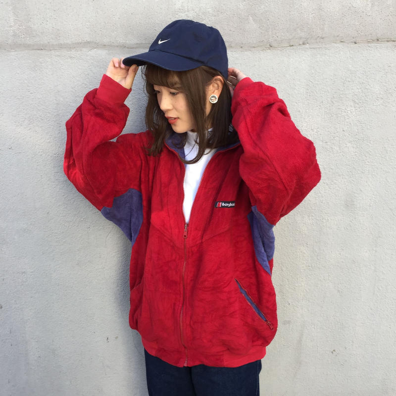 Berghaus red one point fleece