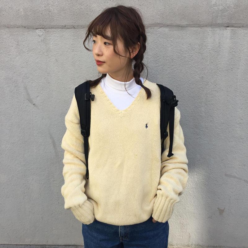 Polo white one point v-neck knit