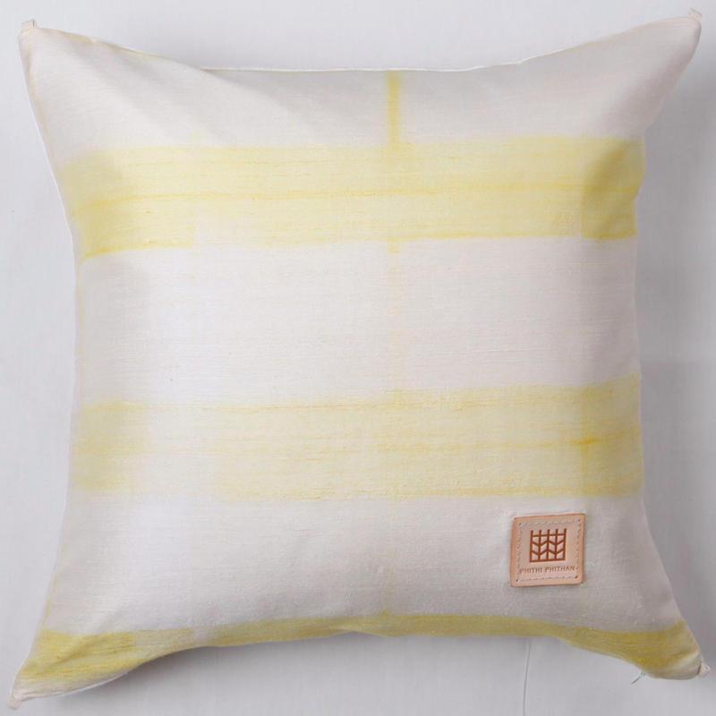 Plant dyeing silk cushion cover         手織りシルク草木染めクッションカバー    PSD-007