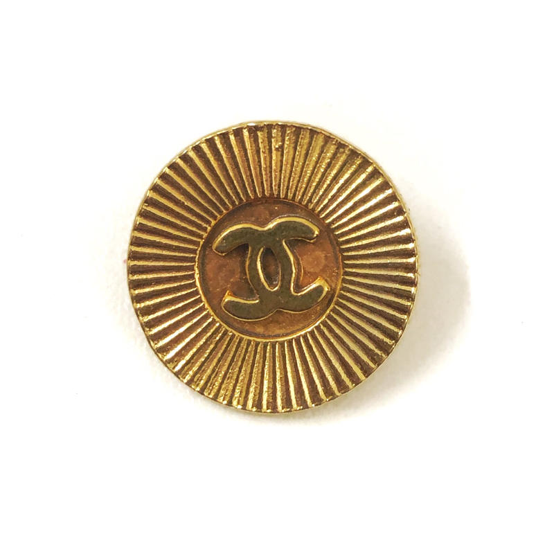 【Vintage CHANEL】Button MEDIUM radially gold